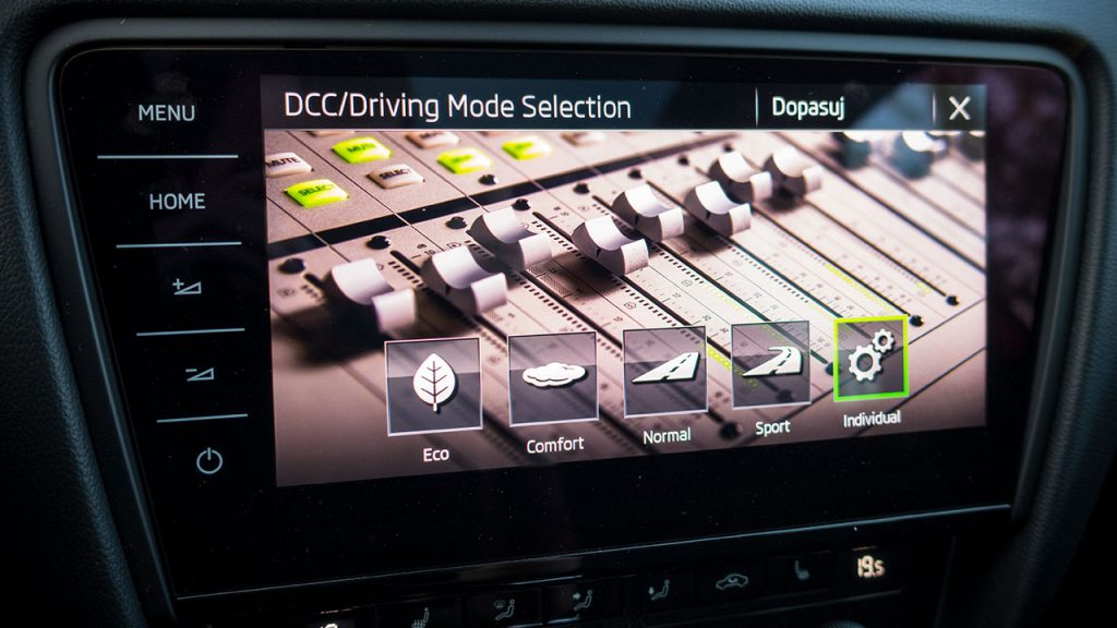 Skoda Octavia RS - Driving Mode Selection
